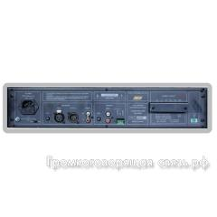 Задняя панель UM 200N